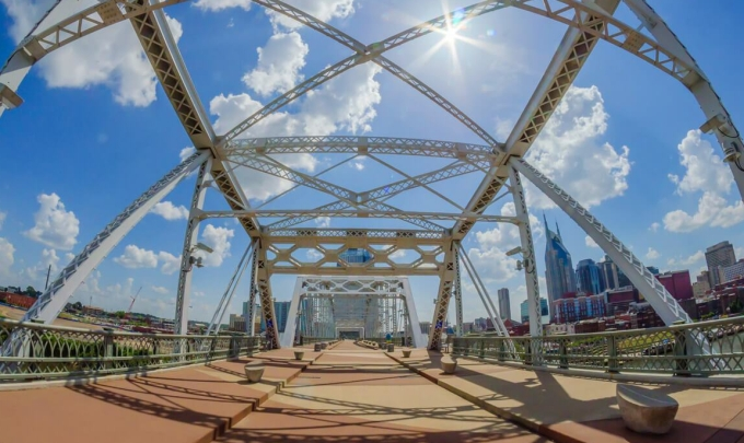 nashville-pedestrian-bridge